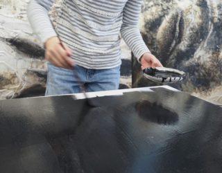 兎膠を塗る(Applying usaginikawa)